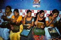 Làng mại dâm ép trẻ em bán trinh lấy tiền khao cộng đồng