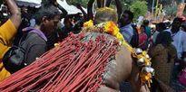 Lễ hội hành xác đau đớn của người Hindu