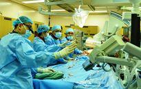 Cứu sống bệnh nhân lớn tuổi suy tim bằng thay van động mạch chủ