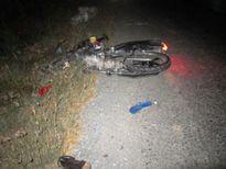 Tạm giữ tài xế xe khách tông chết 2 người