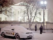 Bão tuyết làm miền đông nước Mỹ tê liệt, ít nhất 15 người chết