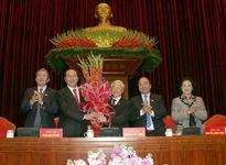 Công bố danh sách 22 ủy viên Bộ Chính trị, Ban Bí thư