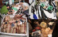 Người dân tự giác giao nộp hàng trăm khẩu súng, vật liệu nổ