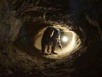 Truy lùng 3 phạm nhân đào hầm vượt ngục ở Gia Lai