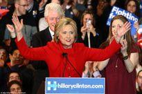 Bầu cử Mỹ mở màn gay cấn