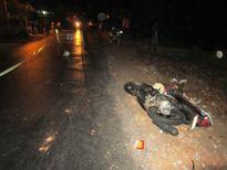 Nam thanh niên điều khiển xe môtô tông chết người đi bộ