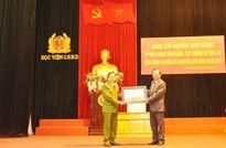 Thứ trưởng Nguyễn Văn Thành thăm, chúc tết thầy, trò Học viện CSND
