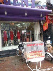 Tủ bánh mì từ thiện đầu tiên đã xuất hiện tại Hà Nội