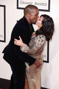 Sốc với list đồ người lớn mà Kim định tặng chồng vào lễ tình yêu