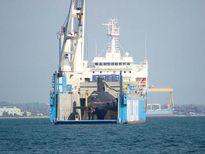 Tàu ngầm Đà Nẵng vào Quân cảng Cam Ranh