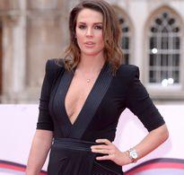 Cựu hoa hậu Anh chuẩn bị sửa ngực lần thứ 7