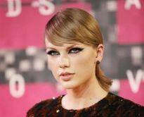 Ca sĩ Taylor Swift phát triển game di động