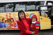 Hơn 1.600 nữ công nhân được đưa miễn phí về quê ăn Tết