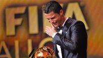 Ronaldo, hãy khóc để làm mê đắm lòng người