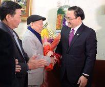 Tân Bí thư thành ủy Hà Nội chúc Tết lực lượng vũ trang