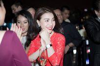 Trà Ngọc Hằng diện váy 3.500 USD, đọ sắc với Elly Trần