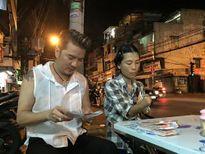 Faceboook sao 8/2: Sao Việt rộn ràng đón giao thừa