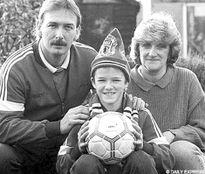 David Beckham và con đường tới Old Traford