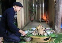 """Ý nghĩa tục """"xên hươn"""" năm mới của người Thái"""
