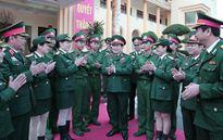 Đại tướng Ngô Xuân Lịch kiểm tra sẵn sàng chiến đấu