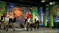 Top 10 sân khấu 'không thể không nhớ' của 2NE1