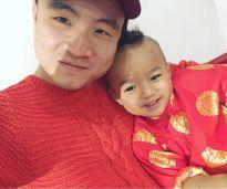 Nhóc tỳ nhà sao Việt xúng xính áo dài 3 ngày Tết