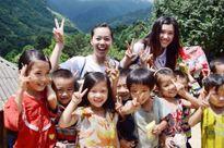 Cô gái xinh đẹp được Forbes vinh danh nhờ làm du lịch thiện nguyện