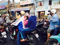 Mùng 5 Tết, người miền tây ùn ùn trở lại Sài Gòn