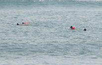 Vớt được xác phụ nữ khi tìm kiếm cháu bé mất tích trên biển