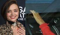 """Miranda Kerr không còn đeo """"nhẫn đính hôn"""" trên tay nữa"""