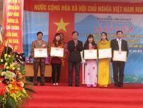 Trung tâm y tế huyện Ba Vì đón nhận danh hiệu Cơ quan đạt chuẩn văn hóa