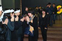Thu Minh khóc nức nở trước linh cữu nhạc sĩ Lương Minh