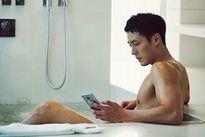 Bỏng mắt cảnh tắm khoe body gợi cảm của loạt trai đẹp Hàn
