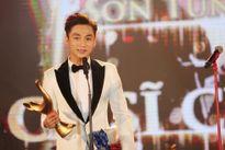 Sơn Tùng M-TP vượt qua nhiều tên tuổi lớn, đạt giải 'Ca sỹ của năm' tại Cống hiến