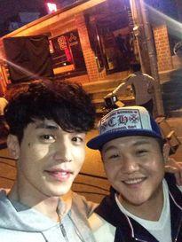 Dispatch cũng bị 'ăn dưa bở' khi khui chuyện hẹn hò trong đêm của Lee Dong Wook