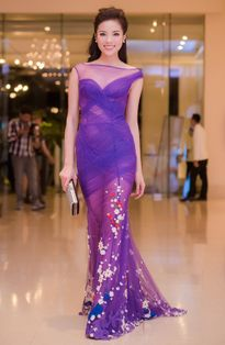 Đón Hoa hậu Pháp, Kỳ Duyên đẹp xuất thần giữa dàn mỹ nhân