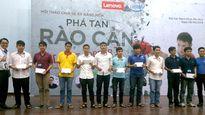 Lenovo trao học bổng cho tài năng công nghệ Việt