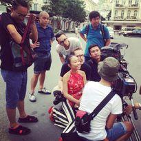 """Ảnh hot sao Việt ngày 24/6: Hồ Văn Cường tết tóc cho cô Văn Mai Hương khiến khán giả """"dậy sóng"""""""