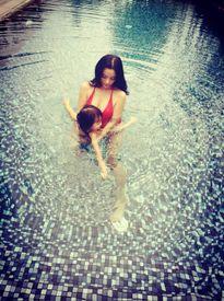 Huyền Baby, Elly Trần xinh đẹp hơn sau khi làm mẹ