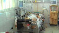 2 giờ nỗ lực cứu nam thanh niên bị đâm thấu tim