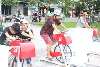 Dân Sài Gòn thi nhau lọc sạch nước kênh Nhiêu Lộc - Thị Nghè