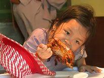 Oh My Chuối: Chọn cá không chọn thép, Kỳ Duyên phun khói thuốc và vào chùa ăn gà rán.