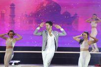 """Fans Việt sửng sốt trước màn nhảy múa của 2 ông chồng """"Cô dâu 8 tuổi"""""""