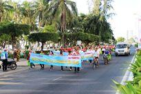Thả hơn 10.000 con giống hải sản về biển Nha Trang