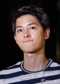 Song Joong Ki kiếm được 3,4 tỷ won từ các cuộc gặp fan ở Trung Quốc