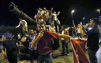 Bản tin 20H: Thổ Nhĩ Kỳ chính thức buộc tội 99 tướng quân đội
