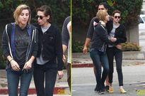 Kristen Stewart hôn bạn gái đồng tính ngay giữa phố