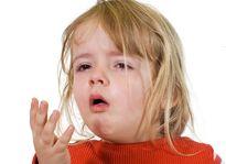 Bí quyết phòng bệnh cho trẻ khi thời tiết chuyển mùa