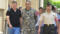 """Thổ Nhĩ Kỳ cắt điện, """"giam lỏng"""" 1.500 phi công nhằm ép Mỹ dẫn độ Gulen?"""
