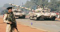Ấn Độ điều xe tăng đến sát biên giới Trung Quốc